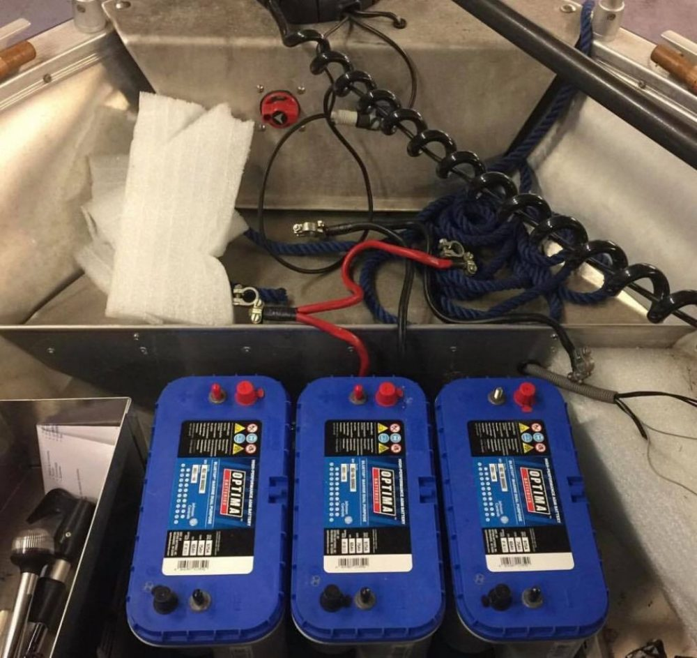 medium resolution of if there are numerous slots available its worthwhile having different types of batteries to benefits from the various advantages that each type offers