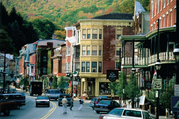 Your Guide for the Best Poconos Weekend Getaway