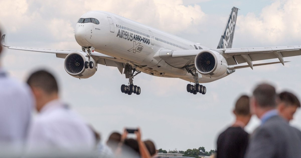 Check out the new Airbus jet that will rival Boeing's 777 and replace the 747 jumbo jet - Finance