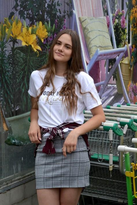 Karo-Outfit meets Einkaufswägen