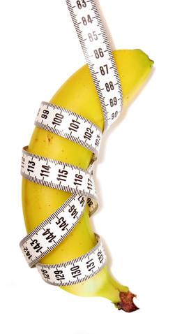 banana and tape measure © Captainzz | Dreamstime.com