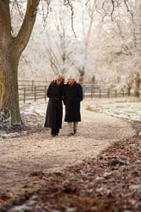 Couple Walking ©Monkey Business Images | dreamstime.com