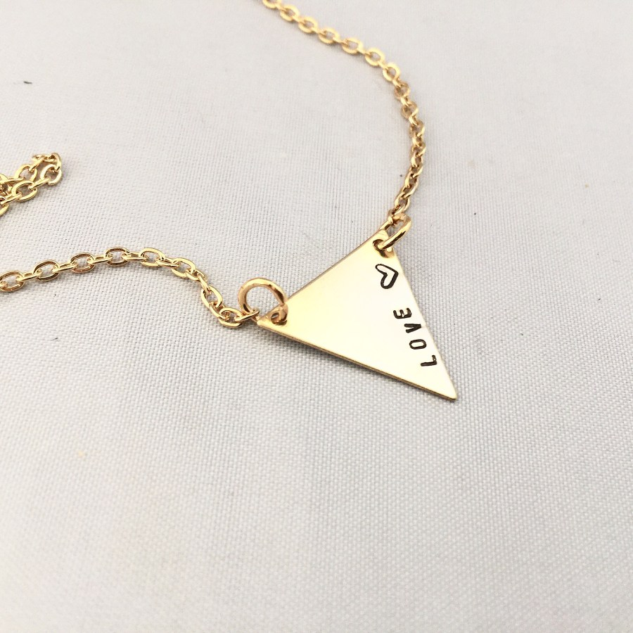bunting love necklace