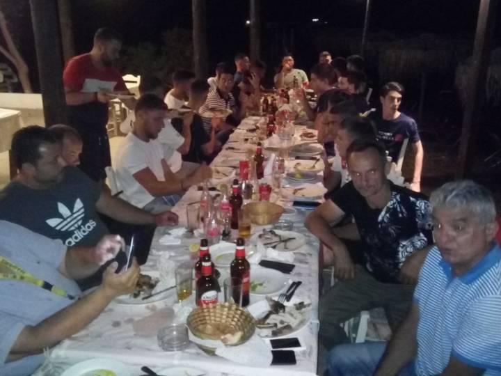 Με τραπέζι σε γιορτινό κλίμα ο πρωταθλητής Ίκαρος Λακκόπετρας (βίντεο-φωτό)