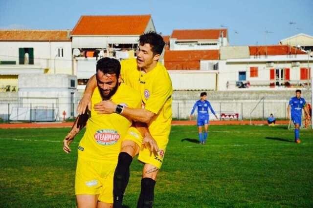 Γραμματικόπουλος, Παναγιωτόπουλος: «Απέχουμε μία νίκη από το τίτλο»