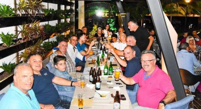 Φωτό από την όμορφη βραδιά στο τραπέζι των Παλαιμάχων Πάτρας σε Βετεράνους ΠΑΟΚ