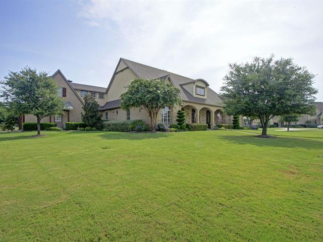 Nice Traditional Ranch Home in Wyndemere