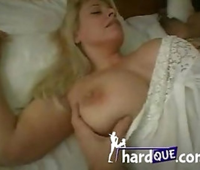 Dreamy Blonde Milf Is Fucked While Her Hubby Is Sleeping