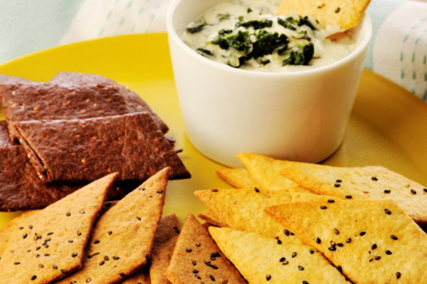 Hotcake Crackers with Spinach Dip