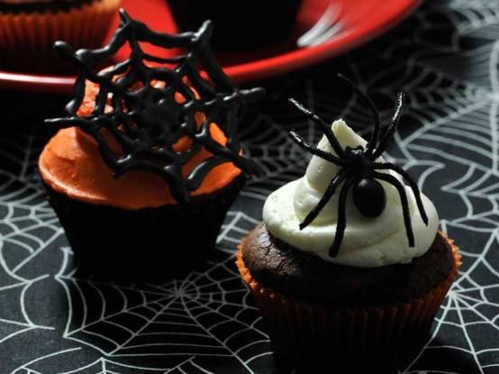halloween-spider-cupcakes