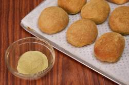 Matcha Flavored Pandesal