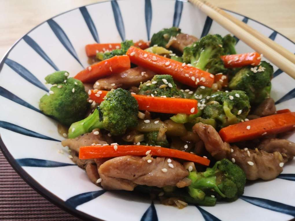 Chicken and Broccoli in Teriyaki Sauce
