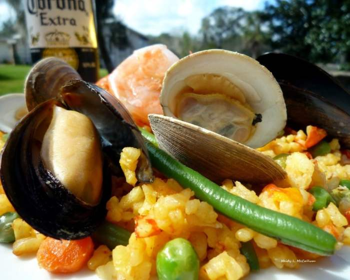 #Cuban #Seafood Paella By The McCallum's Shamrock Patch