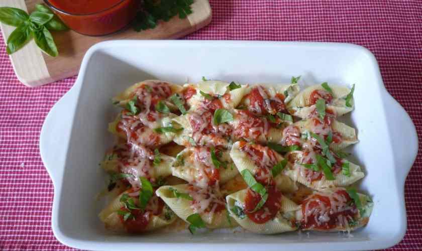 Stuffed Shells with Ricotta , Arugula , and fresh Basil