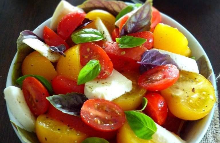 Spring Caprese salad
