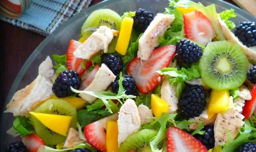 Grilled Chicken Salad with Fruit