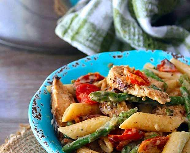 Penne with Blackened Chicken Asparagus and Cherry Tomatoes