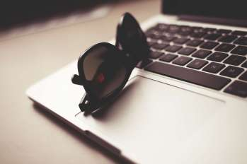 WMDEMO__glasses