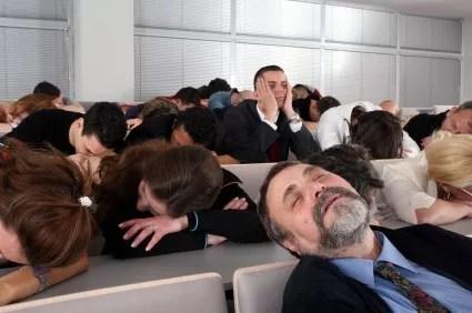 sleeping-audience