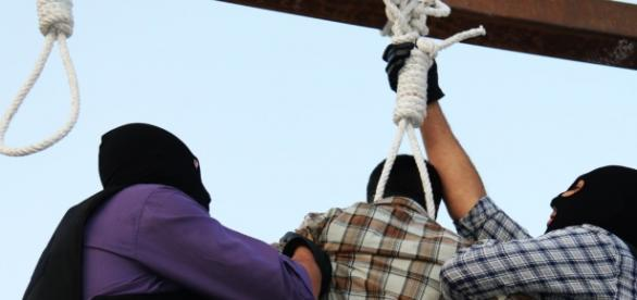 in-just-24-hours-iran-executes-16-people-including-one-juvenile-themediaexpress-com_814953