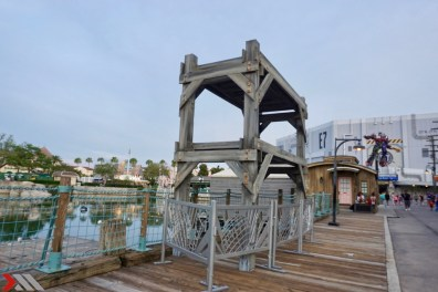 A structure likely being added in support of the show.