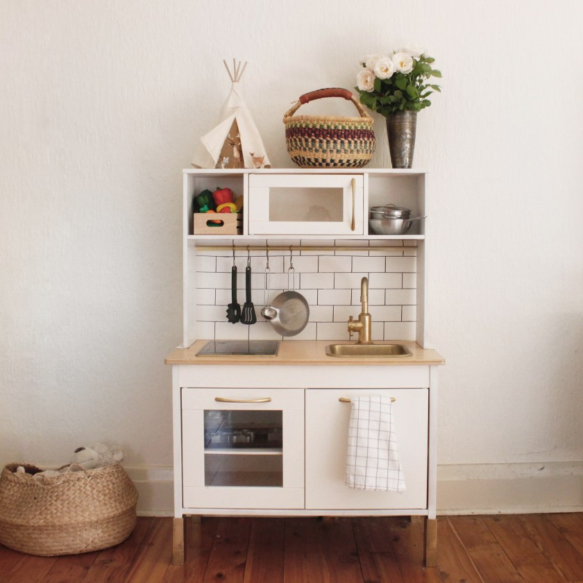 Ikea Hack: Play Kitchen