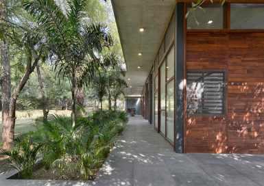 8--view-from-verandah-towards-surrounding-landscape