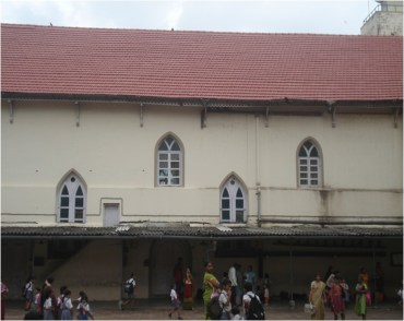 07-View-of-West-facade-before-restoration