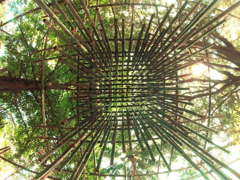 004_THE-BAMBOO-CHIME-CREATES-TRANSPARENCY