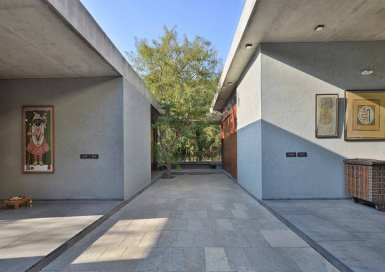2--courtyard-view-looking-towards-existing-tree-and-seating