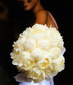 Lemon-yellow peony bouquet