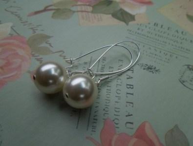pearl drop earrings, by madebycobalt on felt.co.nz
