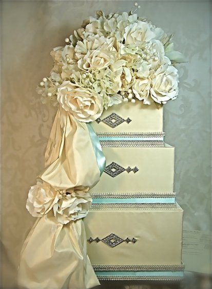 Wedding card box, by WrapsodyandInk on etsy.com