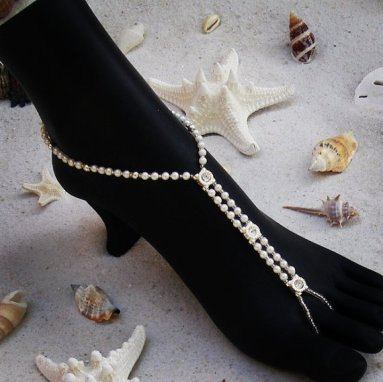 Foot jewellery for a beach wedding, by VitalBridal on etsy.com