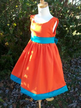 Flower girl dress, by mapletree2000 on etsy.com