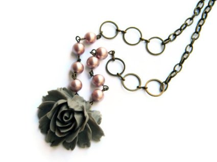 Necklace, by ArtsyLadyVintage on etsy.com