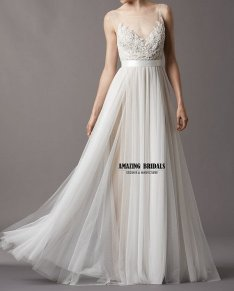 Wedding dress (US$256), by amazingbridalscom on etsy.com