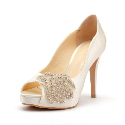 Bridal wedding shoes - www.etsy.com/shop/ChristyNgShoes