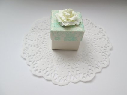 Mint and white favour box - www.etsy.com/shop/HeartFeltGiftsx