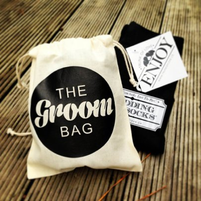 Groom gift bag - www.etsy.com/shop/Trunkoflove