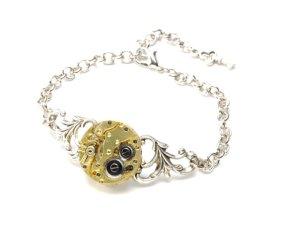 Steampunk bracelet - www.etsy.com/shop/VictorianCuriosities