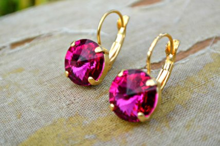 Fuchsia and gold earrings - www.etsy.com/shop/CourtneyLeeDesigns