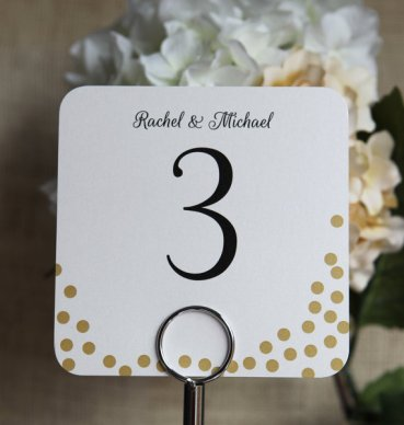 Gold dot table numbers - www.etsy.com/shop/PaperHeartPrint