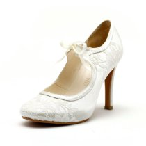 Lace wedding heels - www.etsy.com/shop/ChristyNgShoes