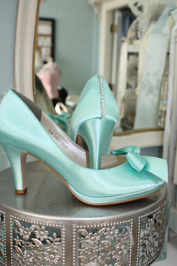 Wedding shoes available on Etsy | The Merry Bride