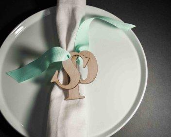 Wooden letters for napkins - www.etsy.com/shop/ByCharlie