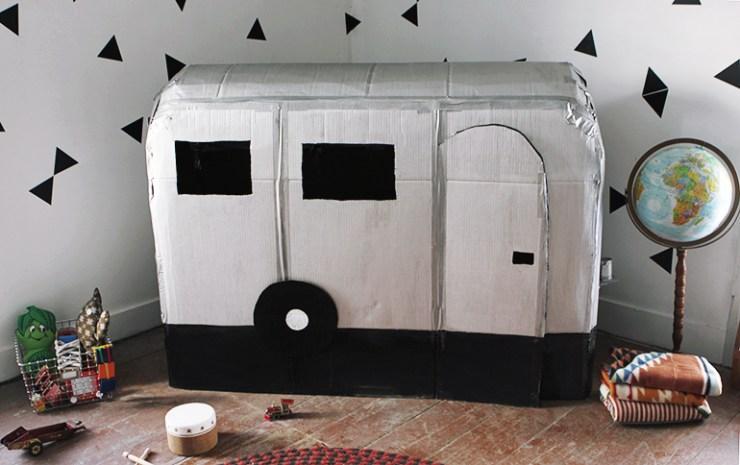 caravana de cartón