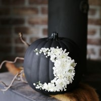 DIY Fresh Floral Moon Pumpkin