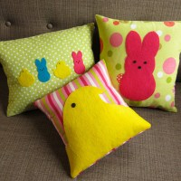 30 Stylish And Adorable Handmade Decorative Easter Pillows ...