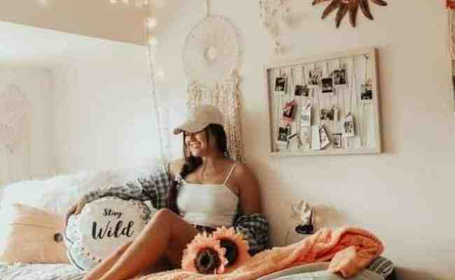10 Amazing Dorm Room Wall Decor Ideas To Make Your